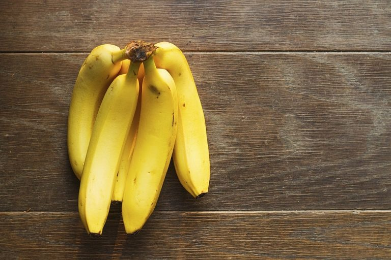 Banana – Dream Meaning and Symbolism 1