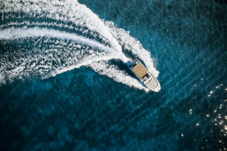 Boat – Dream Meaning and Symbolism 1