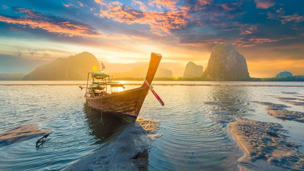 Boat – Dream Meaning and Symbolism 4