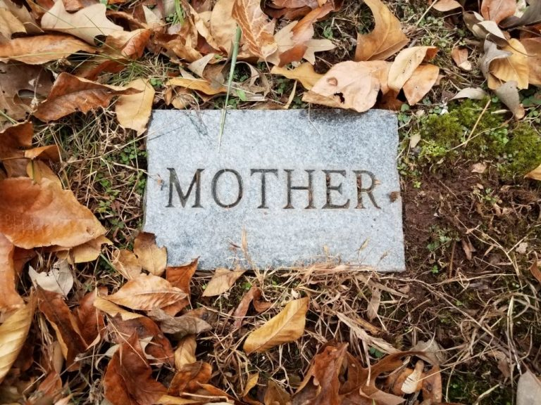 Mother's Death- Dream Meaning and Symbolism 1