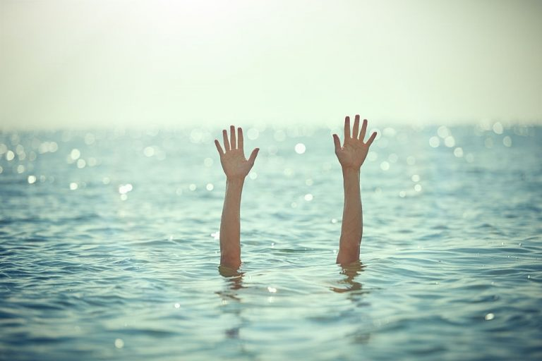 Drowning – Dream Meaning and Symbolism 1