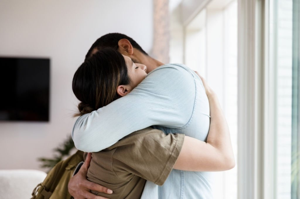 Hugging – Dream Meaning and Symbolism 5