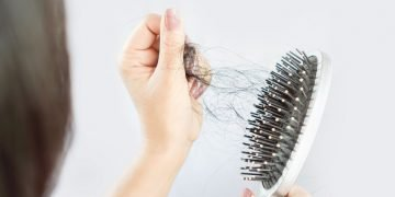 Hair Falling Out – Dream Meaning and Symbolism 31
