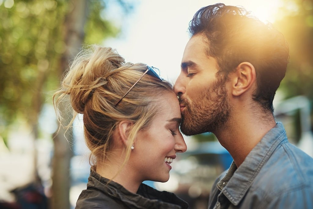 Kissing – Dream Meaning and Symbolism 4