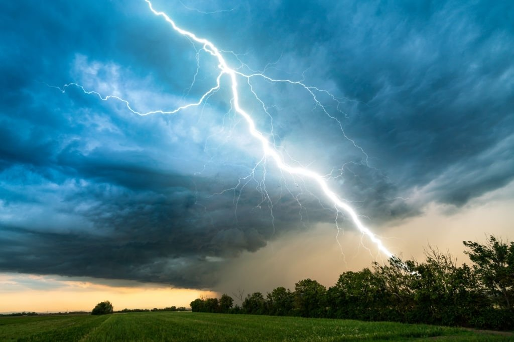 Storm – Dream Meaning and Symbolism 5
