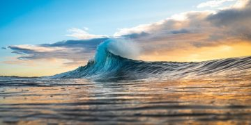 Wave – Dream Meaning and Symbolism 51