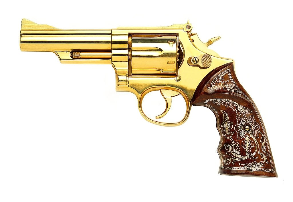 Revolver – Dream Meaning and Symbolism 5