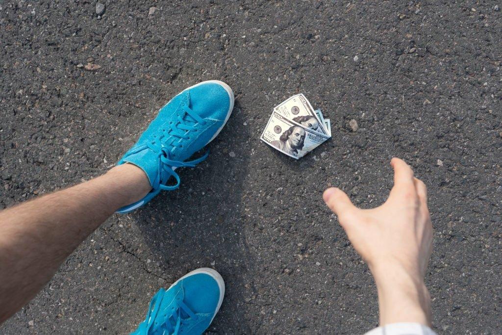 Find Money On The Ground
