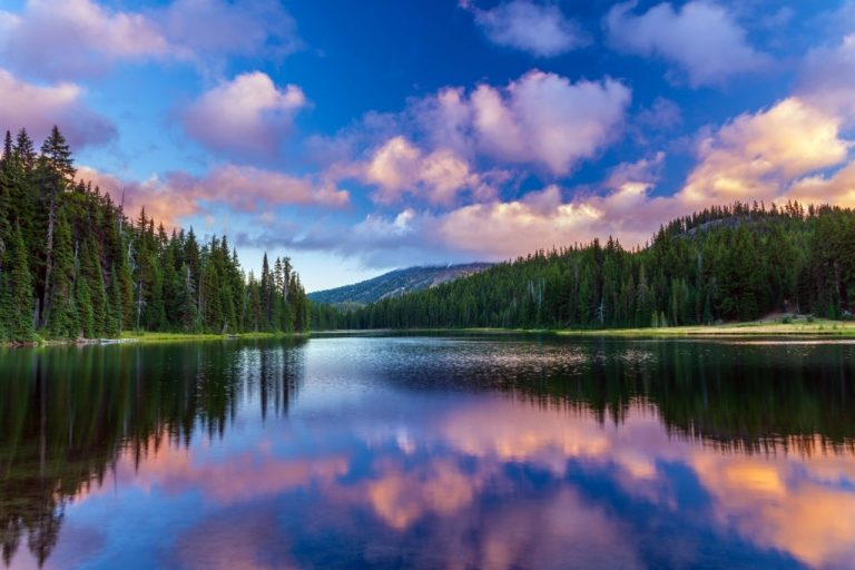 Lake – Dream Meaning and Symbolism 1
