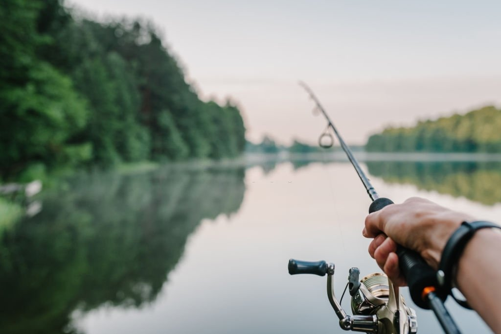 Fishing – Dream Meaning and Symbolism 3